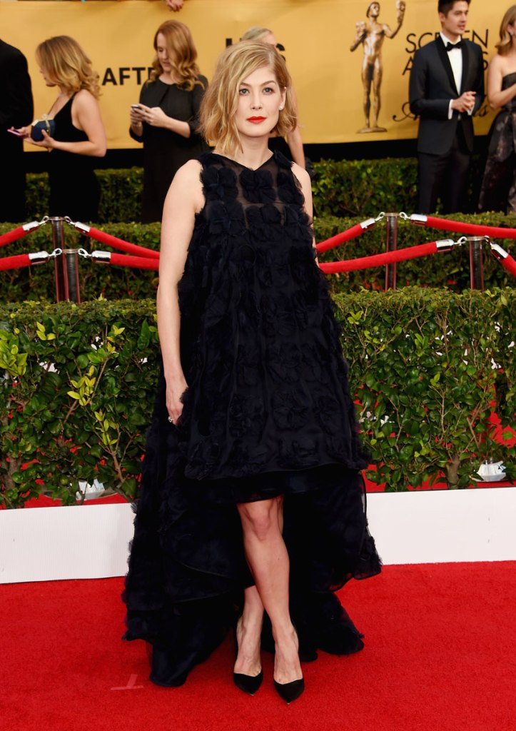 Rosamund Pike in Dior Haute Couture