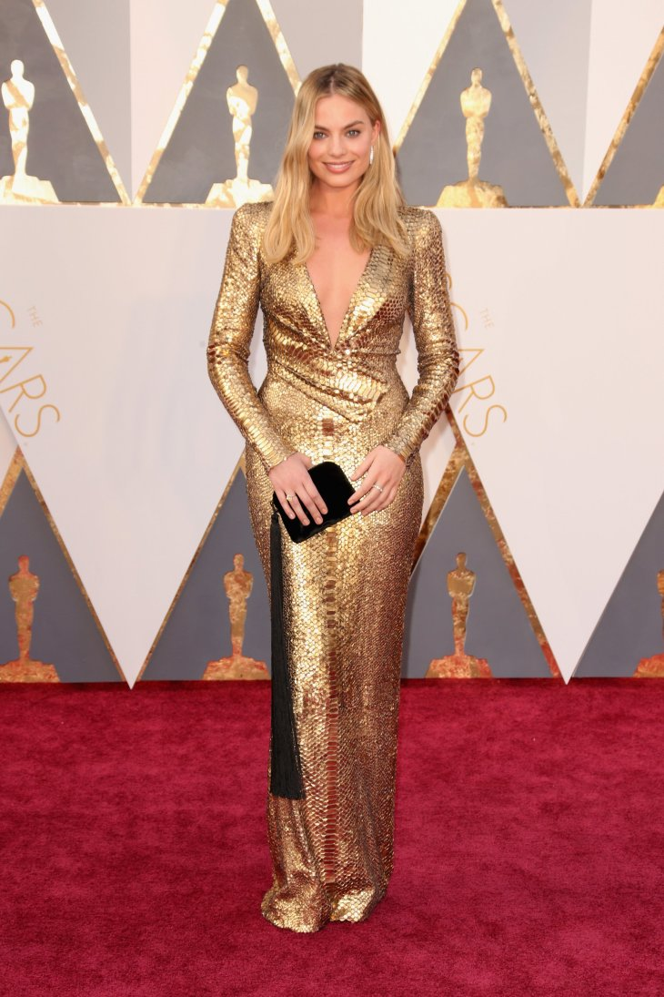 MArgo Robbie in TOm ford