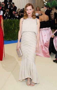 Leslie Mann in Chanel