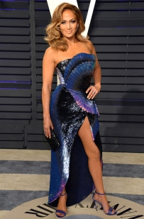 Mandatory Credit: Photo by Broadimage/REX/Shutterstock (10118851bt) Jennifer Lopez Vanity Fair Oscar Party, Arrivals, Los Angeles, USA - 24 Feb 2019 Wearing Zuhair Murad Same Outfit as catwalk model *10068478a