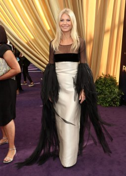 Gwyneth Paltrow in Valentino Haute Coutur